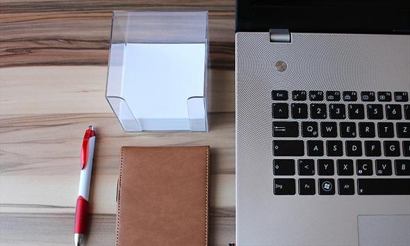 Jaki laptop wybrać zakładając firmę, jak sfinansować jego zakup?