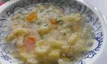 Prosty przepis na lekką zupę kalafiorową z koperkiem