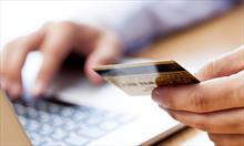 Prowadź swój budżet kreatywnie. Dlaczego warto korzystać z kart kredytowych?