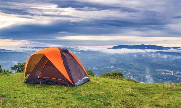 Co wziąć ze sobą na weekendowy wyjazd na kemping?