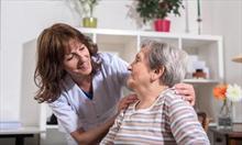 Witaminy dla seniorów: 5 zasad odżywiania dla osób starszych