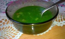Jak zrobić dietetyczną zupę ze szpinaku?