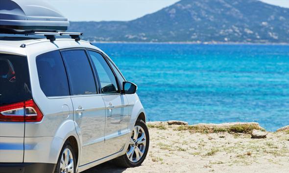 Daleki wakacyjny wyjazd. Jak przygotować auto?
