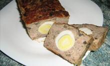 Wielkanocna pieczeń z dodatkiem jajka