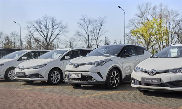 Gdzie kupić używany samochód w Warszawie?