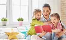 Jak przygotować dziecko na rozstanie z nianią i jak odpowiednio uhonorować opiekunkę?