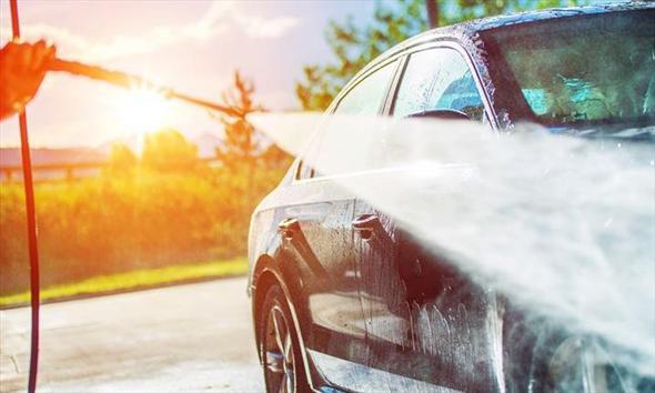 Przygotowanie auta do sprzedaży. Jakich kosmetyków użyć?