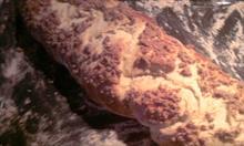 Przepis na pyszną drożdżową chałkę z cynamonową kruszonką