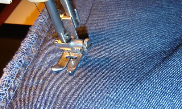 Jak błyskawicznie zwęzić nogawki spodni?