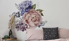 Mieszkanie całe w piwoniach, czyli kwiatowe naklejki, po które warto sięgnąć