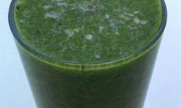 Jak zrobić zielone smoothie - zdrowy koktajl oczyszczający?